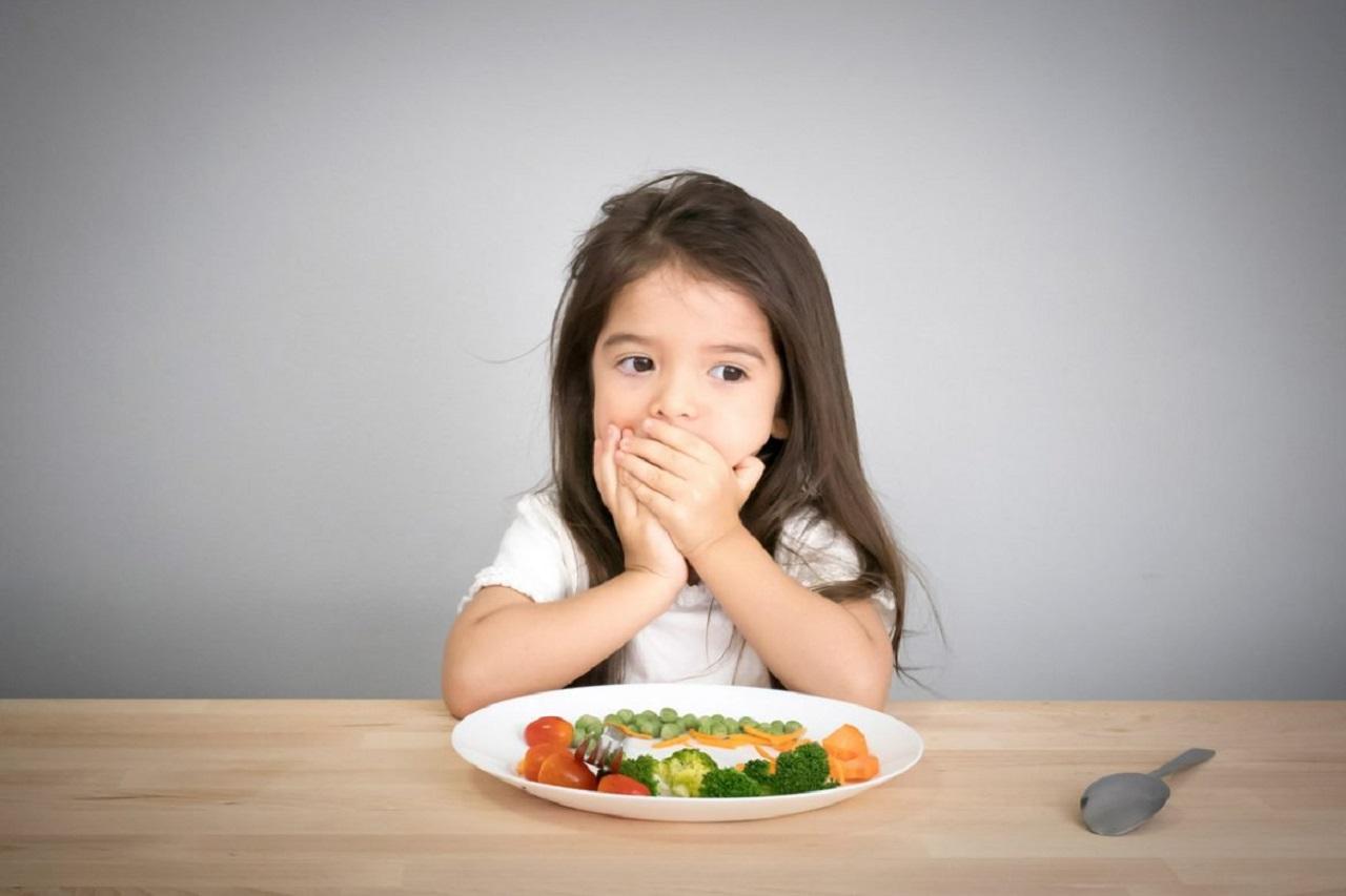Trẻ 4 tuổi biếng ăn: các mẹo hữu hiệu và thực đơn cho bé