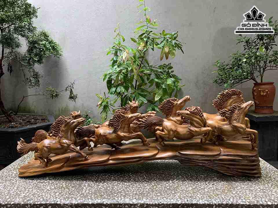 Tượng Ngựa Phòng Thủy (Bát Mã Phi Thiên)